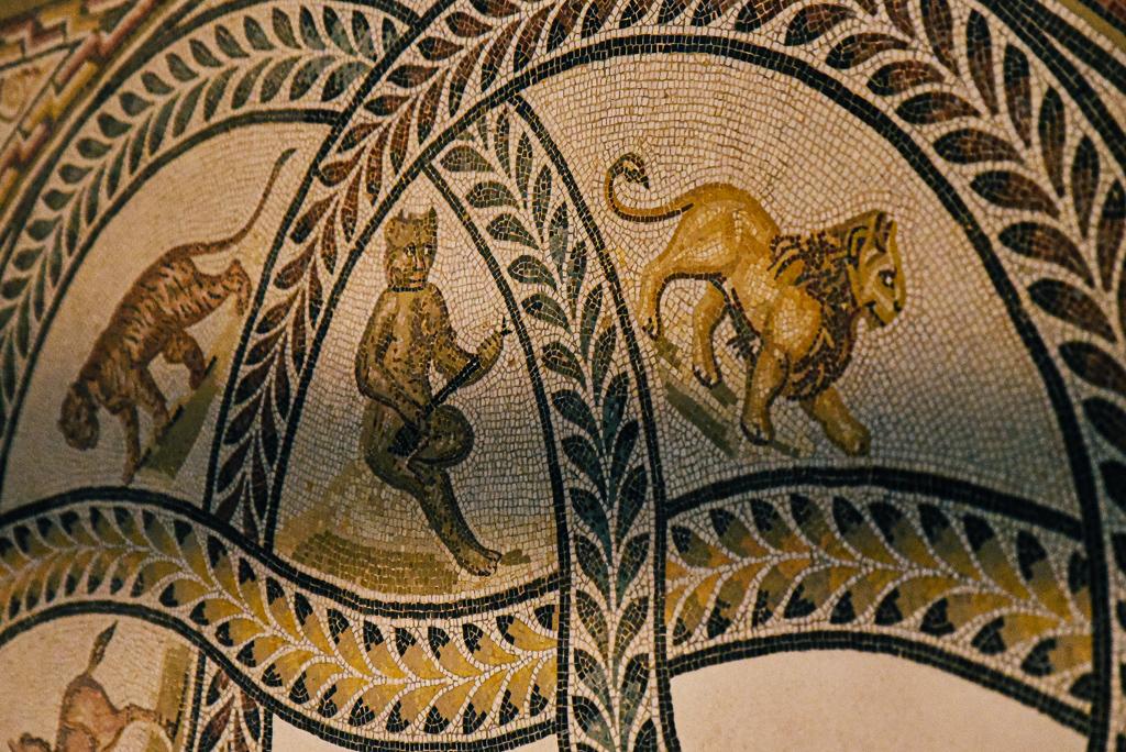 The art of living in the Roman world,  Roman empire Tunisia, Sousse 300-325 CE,   L. 252 × W.135cm; marble, limestone, glass paste