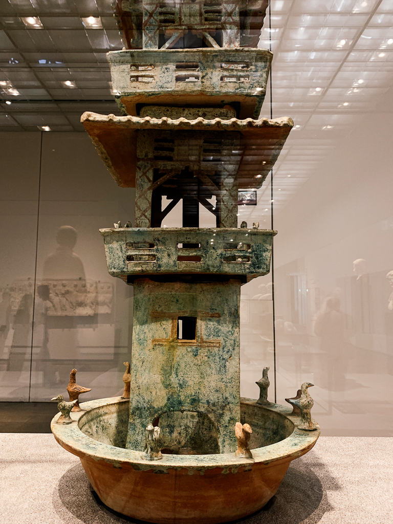 Model of a watchtower China 25-220 CE H. 91cm; glazed terracotta Musée national des arts asiatiques - Guimet