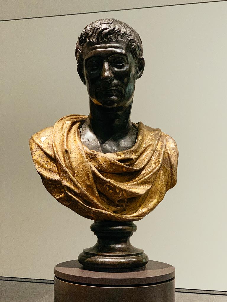 Emperor Augustus (copy of an ancient original ) Italy, Rome 1600-1700, H. 55 cm; bronze, gilding, Musée du Louvre